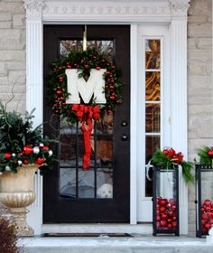 The Yellow Cape Cod: Holiday Home Tour 2013 Front Door Christmas Decorations, Lantern Christmas Decor, Porch Christmas Lights, Christmas Front Doors, Outdoor Christmas Decorations Cheap, Halloween Decorations, Red Ornaments, Diy Christmas Ornaments, Christmas Home