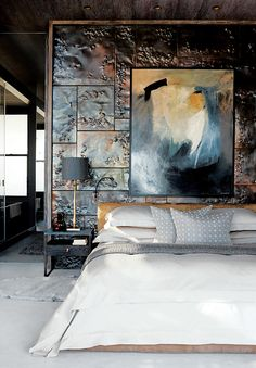 This waterfront Cape Town home relies on variations in texture and materials to enliven its tonal palette.