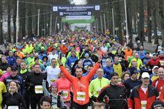 Programma Midwintermarathon 7 februari 2016 · 10.15 uur – Warming up voor de Stentor Kidsrun · 10.30 uur – start de Stentor Kidsrun (1 km) 3 starts/leeftijdsgroepen · 11.00 uur – prijsuitreiking de…