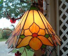 flower lampshade                                                                                                                                                      Más