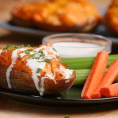 Dip Recipes 240309330099799659 - Buffalo Chicken Potato Skins by Tasty Source by Potatoe Skins Recipe, Potato Skins, Potato Sauce, I Love Food, Good Food, Yummy Food, Potato Recipes, Chicken Recipes, Dip Recipes