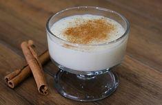 Η Συνταγή είναι από το κανάλι LIVE KITCHEN CHANNEL    Αξίζει σίγουρα μία δοκιμή και μετά θα την κάνετε την συνταγή πολλές φορές!    Υλικά    420 γρ νερό  120 γρ ρύζι Καρολίνα  1 λίτρο γάλα  100 γρ κορν φλάουρ  200 γρ ζάχαρη  70 γρ βούτυρο Glass Of Milk, Pudding, Diet, Desserts, Food, Image, Tailgate Desserts, Deserts, Custard Pudding