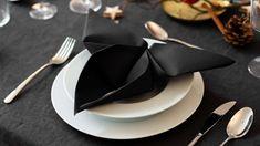 ROOMBEEZ » Servietten falten einfach ✓ Schritt-für-Schritt-Anleitungen & Videos ✓ 15 Falttechniken für jeden Anlass ✓ Klassisch ✓ Frühling ✓ Hochzeit ✓ Weihnachten