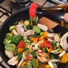 Sweet chilli chicken stir fry #LeanIn15 #PreppinLikeABoss😎 #PrepToWin #macros #nutrition #protein #carbohydrates #progress #calories #postworkout #meals #foodie #fitfam #fitspo #teamlean2014 #90daysssplan #leanin15  Tag a pal who loves to prep!