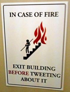 Tweeting before all?