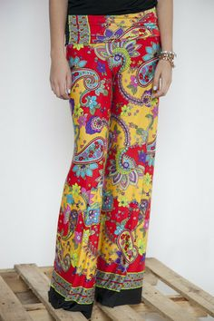 Red/Yellow Hibiscus Palazzo Pants | White Plum