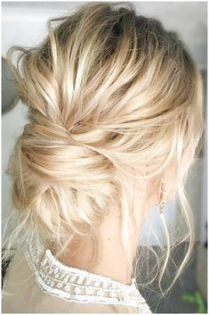 Frisuren Lange Haare Hochstecken ꧁༺Haare jull༻꧂ Hairstyles Long Hair Pinning Hairstyles Long Hair Pinning Up. Hairstyles Long hair stuck up. Simple updos for thin hair Wedding Hairstyles Thin Hair, Thin Hair Updo, Messy Updo, Hair Wedding, Wedding Nails, Messy Buns, Updos For Fine Hair, Ponytail Updo, Easy Hair