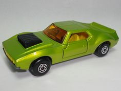 1972_MATCHBOX_CARRY_CASE_LESNEY_COLLECTION_CARS_TRUCKS_BUSES_45_VEHICLES_LIME_AMX_JAVELIN_NUMBER_9.JPG (1200×900)