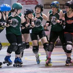 This face accurately expresses how excited I am to play this weekend! It's almost BOUT DAY!  Heading out to Prince Edward Island tomorrow with the whole fam in tow to spend the weekend! I can't wait to see my kiddos digging for clams!   Photo cred: @areinders9  #rollerderby #maritimes #eastcoastlifestyle
