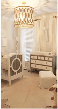 One swanky nursery! Glam nursery design using ducduc Regency Crib & dresser! Gold Nursery, Nursery Neutral, Nursery Room, Kids Bedroom, Chic Nursery, Cream Nursery, Deco Kids, Nursery Inspiration, Nursery Ideas