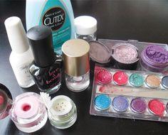 DIY nail polish from your old eyeshadows