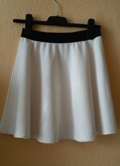 Kupuj mé předměty na #vinted http://www.vinted.cz/damske-obleceni/sukne-s-vysokym-pasem/9798894-krasna-bila-ackova-sukynka-z-reserved