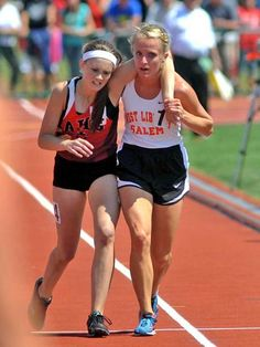 When this girl turned around during a race to help a girl who had fallen down. That girl was her opponent.