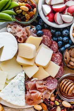 how to make the ultimate aldi cheese board for spring - plays well with butter Mini Sweet Peppers, Stuffed Sweet Peppers, Cheese Platters, Food Platters, Cheese Appetizers, Appetizer Recipes, Aldi Cheese, Fig Spread, Italian Cheese
