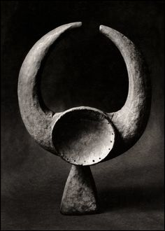 Mangam mask (verso), Mama / Cycle: Nigerian sculptures (1960.) Photo by Herbert List