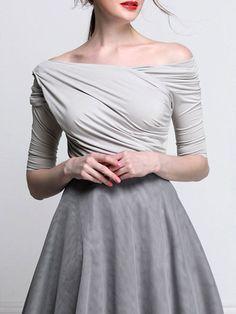 Shop Short Sleeved Tops - Gray Plain Half Sleeve Cotton-blend Bateau/boat Neck Short Sleeved Top online. Discover unique designers fashion at StyleWe.com.