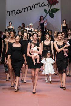 dolce&gabbana - Fall 2015 / see our post at: http://www.futuramadre.es/viva-la-mamma-el-homenaje-de-dolce-gabbana-a-la-mama/