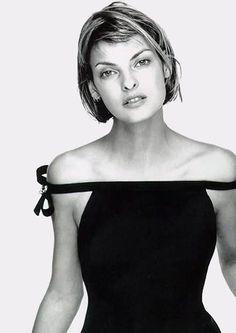LBD- Linda Evangelista, S/S Versace, 1994 by Richard Avedon.