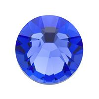September - Sapphire is the gemstone for September. This ancient stone is said to have a variety of powers to match its fabulous good looks, from protecting innocence to building courage to curing snakebites. Clearly an asset in any locket. South Hill Designs, Living Lockets, Floating Charms, Photo Charms, Birthstone Charms, Origami Owl, Custom Photo, Bead Art, Birthstones