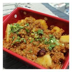 Gawal Mandi: Allo Qeema - Potatoes & Minced meat curry