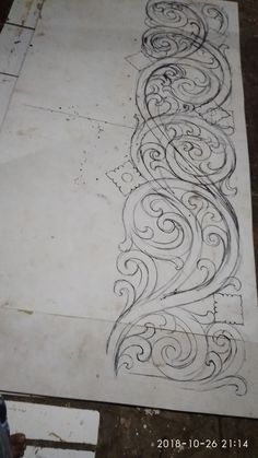 Kerala Mural Painting, Tanjore Painting, Tree Drawings Pencil, Art Drawings Sketches, Sculpture Ornementale, Scratchboard Art, Ornament Drawing, Hummingbird Art, Engraving Art