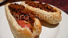 Chili Hot Dog sandwich ساندويتش هوت دوغ التشيلي