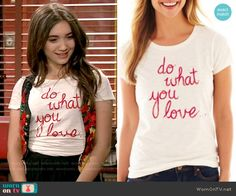 "Riley's 'Do what you love"" tee on Girl Meets World.  Outfit Details: http://wornontv.net/53994/ #GirlMeetsWorld"