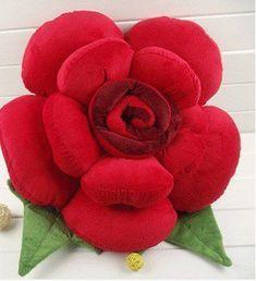 Cute Pillows, Diy Pillows, Decorative Pillows, Throw Pillows, Diy Rose Pillow, Flower Pillow, Paper Flowers Craft, Flower Crafts, Fabric Flowers