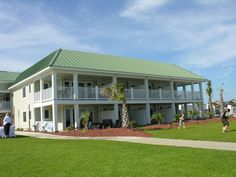 Wedding Venue The Islander Oceanfront Hotel In Emerald Isle Nc Www Bluewaternc