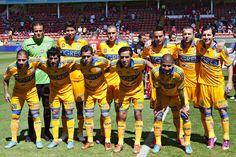 La racha de diez años sin ganar en Toluca, donde hasta goleadas se habían llevado, quedó atrás, al vencer los Tigres de la UANL 4-1 a los Diablos Rojos, y así mantener la cima del Clausura 2013.