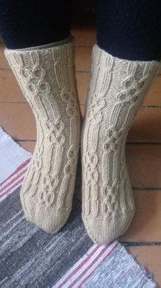 Knitted Slippers, Wool Socks, Knitting Socks, Mitten Gloves, Mittens, Sexy Socks, Fashion Socks, Fiber Art, Knit Crochet