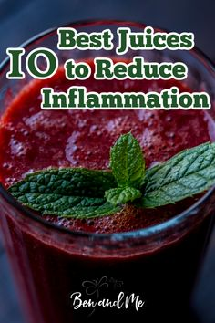 Adding juicing to your everyday life can help rid your body of inflammation, but you'll want to choose the best fruits and veggies to juice. This list is a great start plus you'll find a bonus juice recipe to get you started. #juicing #juices #howtoreduceinflammation #inflammation #autoimmune #juicingrecipes #juicingbenefits #fatsickandnearlydead Vitamins For Healthy Skin, Daily Vitamins, Healthy Skin Care, Healthy Smoothies, Healthy Fats, Healthy Drinks, Clear Skin Fast, Juicing Benefits, Nutrition Tips
