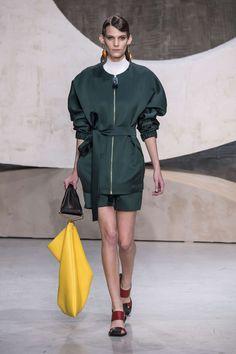 Marni Printemps/Eté 2016, Womenswear - Défilés (#22991)