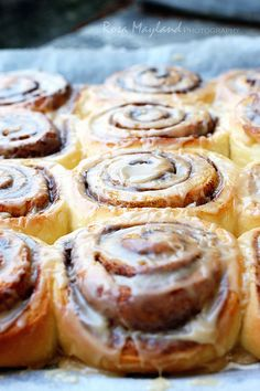 Cinnamon Rolls by Rosa's Yummy Yums, via Flickr