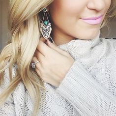 Blogger Katey McFarlan in our Palm Royale Convertible Post Earrings! #chloeandisabel #Blogger #fashion #style #celebrity #iwantthat #jewelry #luxury