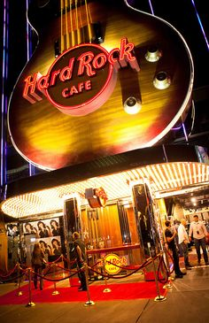 Hard Rock Cafe Las vegas - Been there! Visit Las Vegas, Las Vegas City, Las Vegas Nevada, Hard Rock, Great Places, Places To Go, Rock Cafe, Play That Funky Music, Vintage Neon Signs