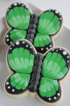 Amazing #Butterfly #Cookies. By Yankee Girl Yummies. pinned by #TheCookieCutterCompany www.cookiecuttercompany.com