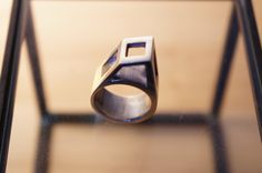 Italic Ring