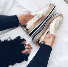 Zara shoes via Vicklook