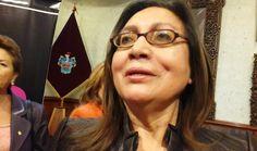 AREQUIPA. Esposa de Alfredo Zegarra confirmó reelección al sillón provincial del líder de Arequipa Renace http://hbanoticias.com/9127