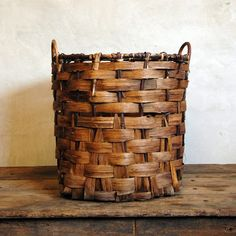 We had this basket, kept it filled with pine logs for the fireplace. After continual use, after 7 years, it gave out! Now looking for another one.