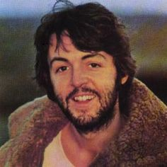 Paul McCartney Biography spans the life of this Beatle