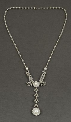 datant fermoir bijoux antique Jessica Dube Bryce Davison datant