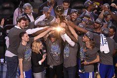 Golden. #DubNation #Warriors @warriors #NBAFinals Story: http://bayareane.ws/1LfWckd Photos: http://bayareane.ws/1HRo27w
