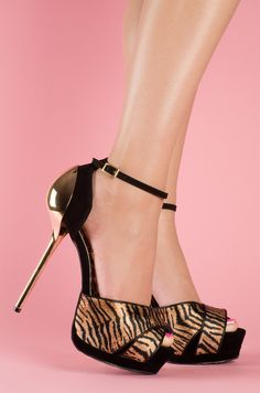 blacks shoes with tiger print and a metalic stiletto heel with a comfy inch front platform - MUST HAVE