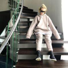 Polina Gagarina has succumbed to overseas fashion.  #fashion #gagarina #overseas #polina #succumbed