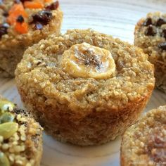 Banana Quinoa Muffins {vegan+glutenfree+flourless-- didn't stay together well, but were a good make-ahead breakfast option Zucchini Muffins, Banana Quinoa Muffins, Muffins Blueberry, Healthy Muffins, Healthy Desserts, Bran Muffins, Banana Bread, Baby Food Recipes, Gluten Free Recipes