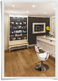 Premier blow dry bar in Chicago, IL