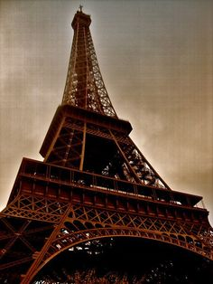 paris in november... gonna be me!!!