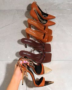Sneaker Heels, Shoes Sneakers, Shoes Heels, Cute Shoes, Me Too Shoes, Aesthetic Shoes, Dream Shoes, Stiletto Heels, Ideias Fashion